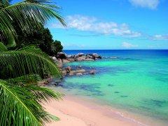 BlissHotel_Strand_Seychellen.jpg