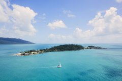 DaydreamIsland_Whitsundays.jpg