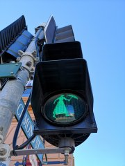 TrafficLight_MaryPoppins_Maryborough.jpg