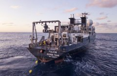 Falkor_Ship_PhotoCredit_SchmidtOceanInstitute.jpg