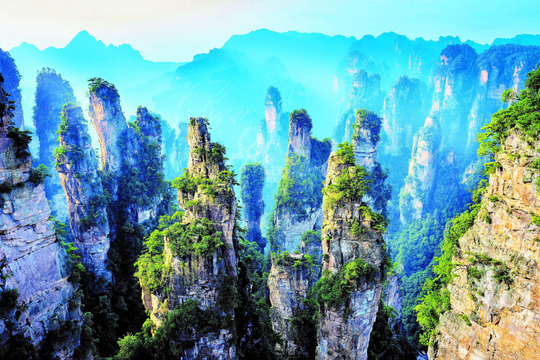 SchwebendeBerge_ZhangjiajieNationalpark_China.jpg